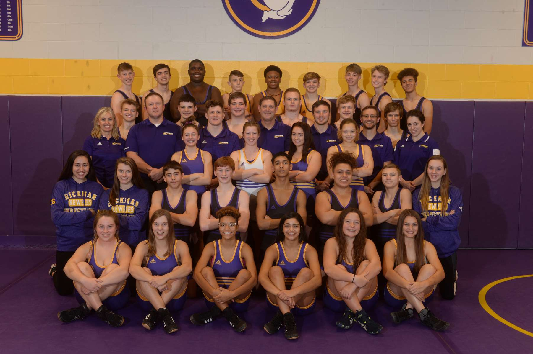 Girls Wrestling Team Photo